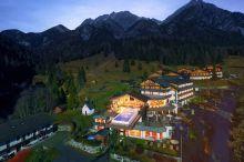 Almwellness Resort Tuffbad Lesachtal