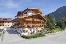Hotel Pension Margit Finkenberg
