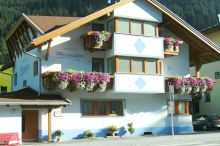 Pension Helvetia St. Anton am Arlberg