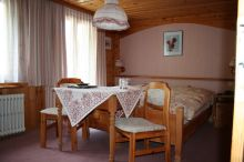 Alpine Budget Rooms by Täscherhof Täsch