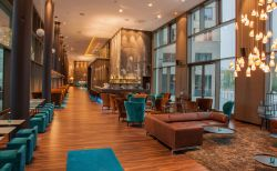Motel One am Zwinger