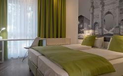 Hotel Super 8 Munich City North