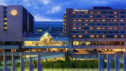 Vista exterior Sheraton Frankfurt Airport Hotel and Conference Center
