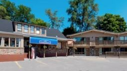 HOWARD JOHNSON EXPRESS INN BAR - Barrie