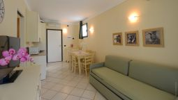 Le Terrazze sul Lago Residence Hotel Padenghe sul Garda - 4 HRS ...