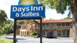Vista exterior DAYS INN & SUITES BY WYNDHAM A