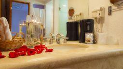 Bathroom Los Patios Hotel