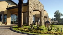 HOWARD JOHNSON HOTEL RIO CEBAL - Rio Cevallos - Cordoba