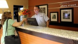 Hampton Inn - Suites Albany-Airport - Latham (New York)