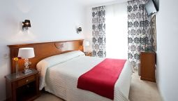 Hotel Abril Hostal - Nerja