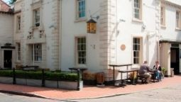 Greyhound Hotel - Carshalton, London