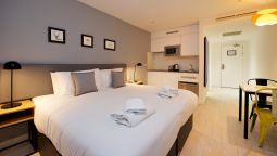 Staycity Aparthotel London Heathrow - Hayes, London