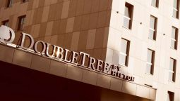 Buitenaanzicht DoubleTree by Hilton Krakow Hotel - Convention Center