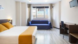 Hotel Ginosi Centric Apartel - Castelldefels