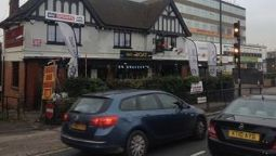 Boat Hotel - London - London Borough of Brent