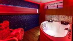 Suite VIP PARIS YACHT HOTEL