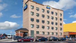 Days Inn & Suites by Wyndham Jamaica JFK Airport - Bellerose Terrace (New York)