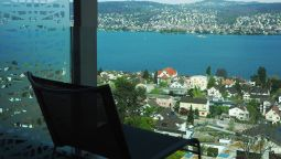 Room with a view of the lake Belvoir Swiss Quality