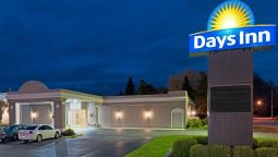 Exterior view DAYS INN BATAVIA DARIEN LAKE T