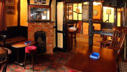 The George Relaxinnz - Salisbury, Wiltshire