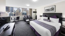 Room Oaks Hyde Park Plaza