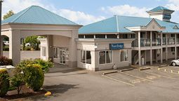 Exterior view TRAVELODGE LANGLEY CITY