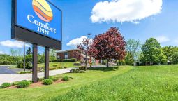Exterior view Comfort Inn Owen Sound