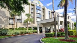 Exterior view Hyatt Place Tampa Airport