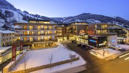 Buitenaanzicht AlpenParks Hotel & Apartment Central Zell am See