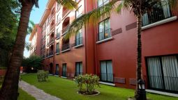 Exterior view Courtyard Santo Domingo