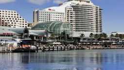Exterior view ibis Sydney Darling Harbour
