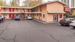 Exterior view Econo Lodge City Center