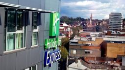 Buitenaanzicht Holiday Inn Express SWINDON CITY CENTRE