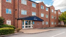 Exterior view TRAVELODGE OLDHAM
