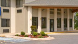 Exterior view DAYS INN & SUITES BRINKLEY