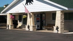 Exterior view Black Bear