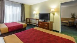 Kamers Econo Lodge Inn & Suites Airport