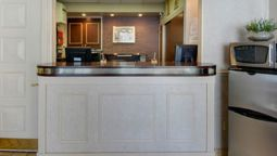 TRAVELODGE INN AND SUITES LATH - Latham (New York)