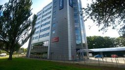 Exterior view TRAVELODGE HEMEL HEMPSTEAD GATEWAY