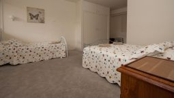 Business room Canberra Short Term & Holiday Accommodation