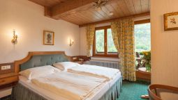 Room with terrace Gasthof Pass Lueg