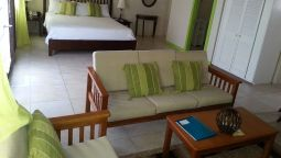 Hotel Grooms Beach Villa & Resort - Saint George's