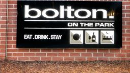 Hotel Bolton on the Park - Wagga Wagga