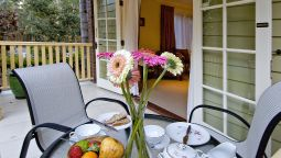 Hotel Poppies Bed and Breakfast - Mooloolah
