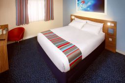Hotel TRAVELODGE EDINBURGH AIRPORT RATHO STATI