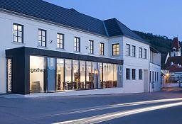 Zur Schonenburg Gasthaus Hotel Schoenberg am Kamp Aussenansicht - Zur_Schonenburg_Gasthaus_Hotel-Schoenberg_am_Kamp-Aussenansicht-1-106819.jpg