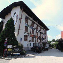 Hotel Kanz Villach Egg am Faaker See Aussenansicht - Hotel_Kanz-Villach-Egg_am_Faaker_See-Aussenansicht-25682.jpg