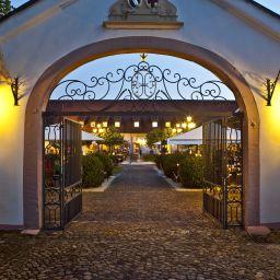 Schloss Reinach GmbH & Co. KG
