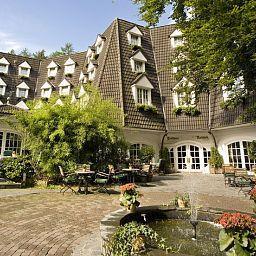 Waldhaus Reinbek Hotel
