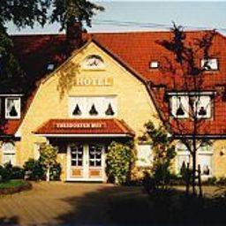 Thesdorfer Hof Hotel Garni